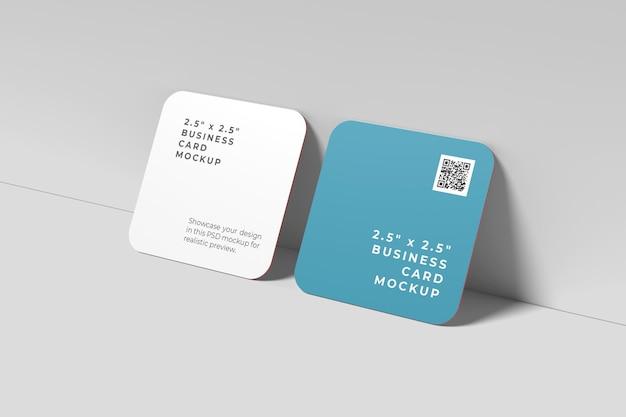 Mockup voor vierkante visitekaartjes met afgeronde hoeken