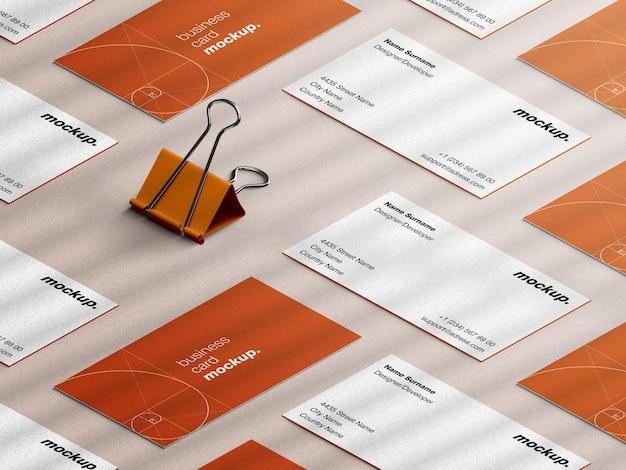 Mockup voor visitekaartjes voor professionele briefpapier met blindering van papier