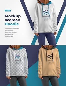 Mockups vrouw hoodie
