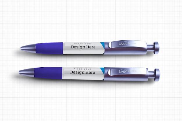 Model met twee pennen