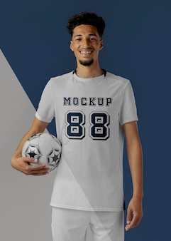 Model van mannelijke voetballerkleding