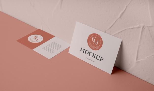 Model voor elegante visitekaartjes met hoge hoek