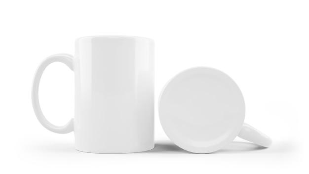Modello ceramico bianco della tazza isolato