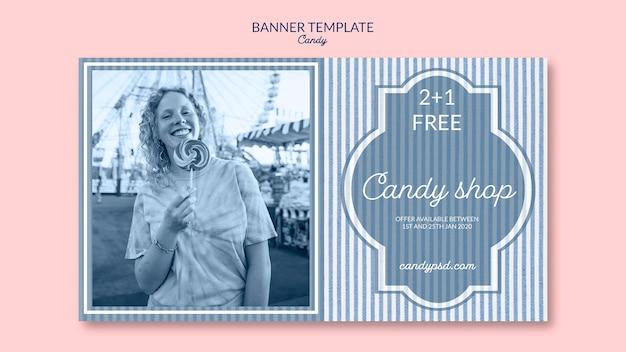 Modello di banner per negozio di caramelle con donna e lecca-lecca