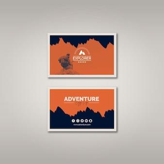 Modello di biglietto da visita con il concetto di avventura