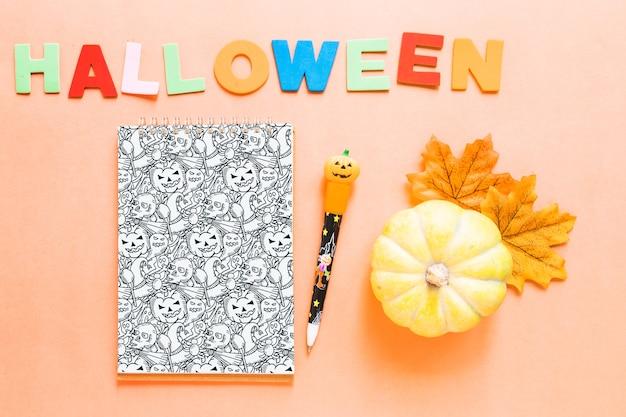 Modello di copertina di libro di halloween con la zucca