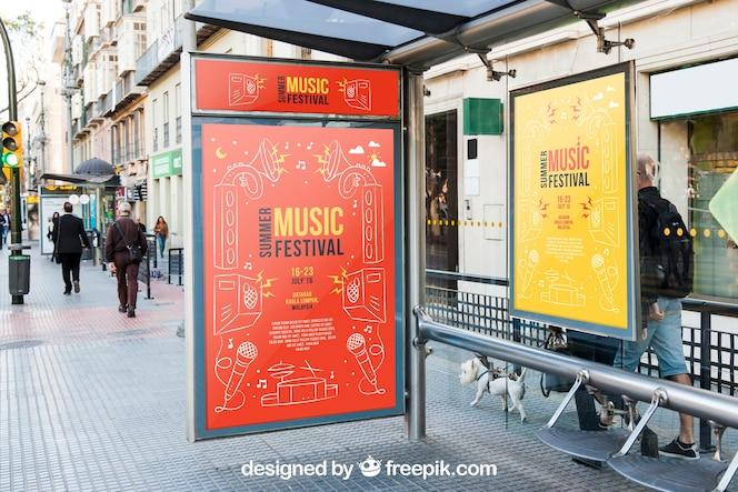 Modello di mockup di bus stop mupup