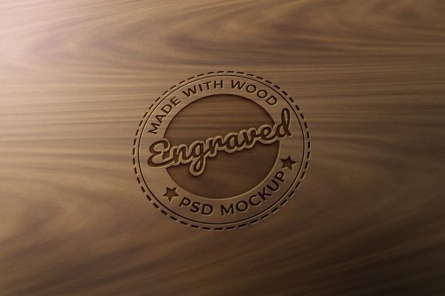 Modello di mockup in legno inciso