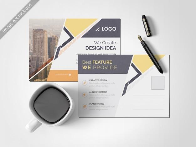 Modello di progettazione minima cartolina pulita