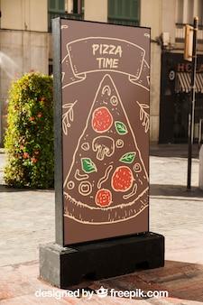 Modello di tabellone per le affissioni con il concetto di pizza