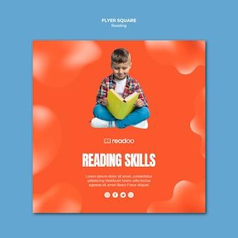 Modello di volantino quadrato concetto di lettura