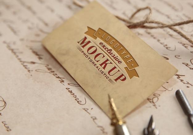 Modello logotipo fotorealistico in stile vintage