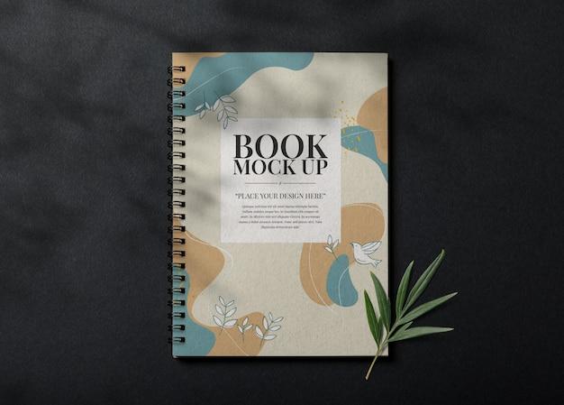 Modello realistico di copertina del libro
