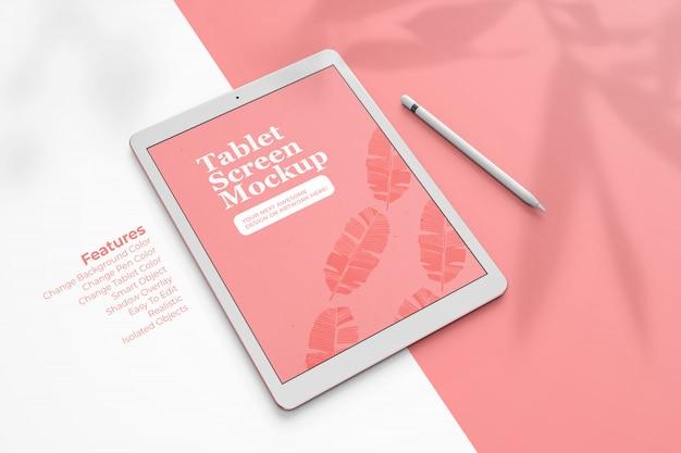 Modello realistico di tablet pad pro da 12,9 pollici con vista dall'alto in prospettiva