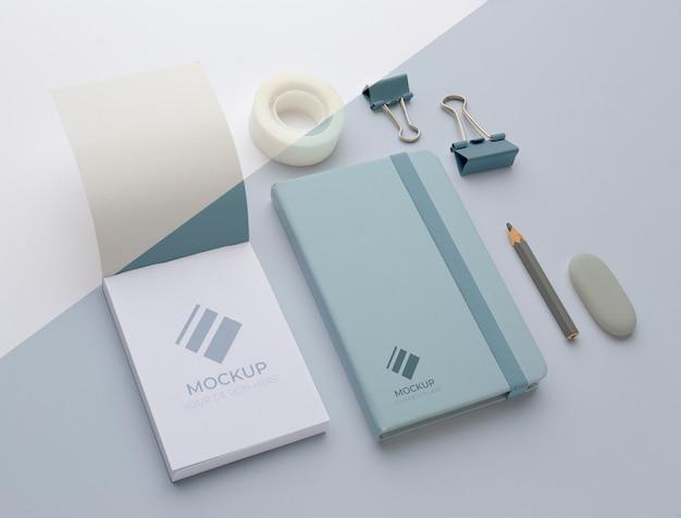 Modern briefpapier mock-up arrangement