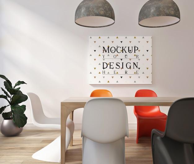 Modern eigentijds eetkamer ontwerp met mockup frame poster