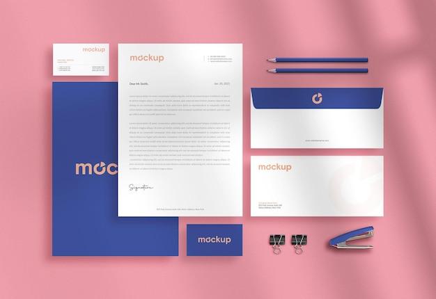Modern professioneel zakelijk briefpapiermodel