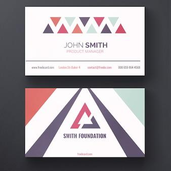 Moderna tarjeta de visita con triángulos