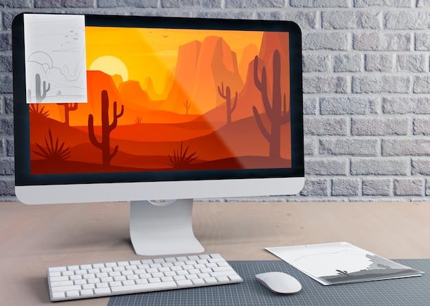 Moderne monitor voor werk op het bureau