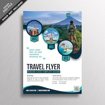 Moderne professionele reizen stijl flyer ontwerpsjabloon