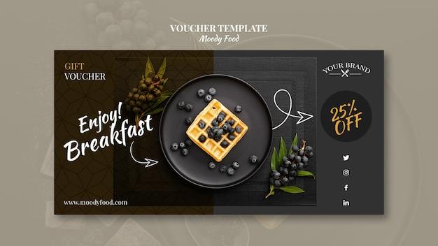 Moody eten restaurant voucher sjabloon concept mock-up
