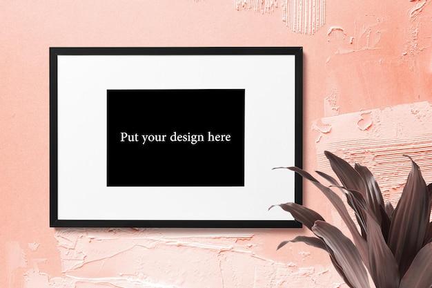 Mooi frame mockup op een roze muur