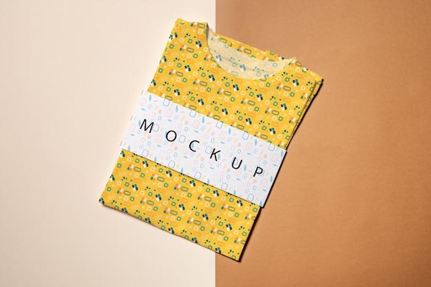 Mooi kleurrijk shirtconceptmodel