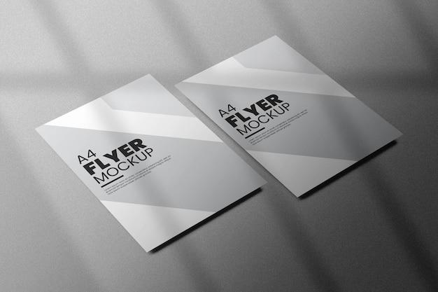 Mooie flyer mockup ontwerp geïsoleerd