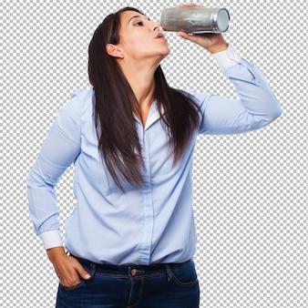 Mujer, bebida, cerveza