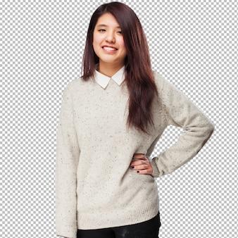Mujer china fresca sonriendo