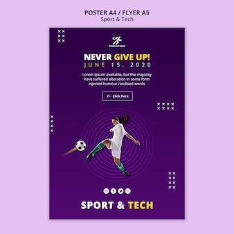 Mujer jugando plantilla de póster de fútbol