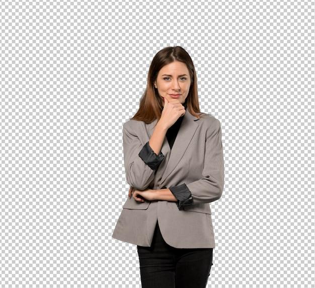 Mujer de negocios pensando
