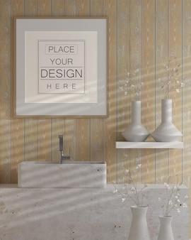 Muurkunst of fotolijst mockup op badkamerinterieur