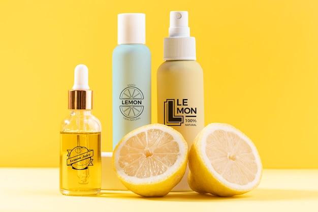 Natuurlijke cosmetica concept met citroensap