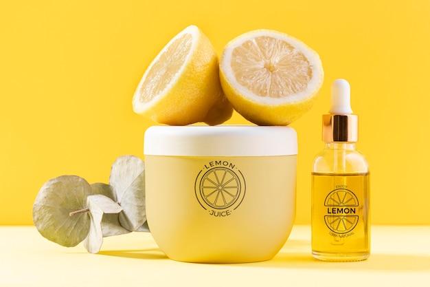 Natuurlijke cosmetica met citroensap