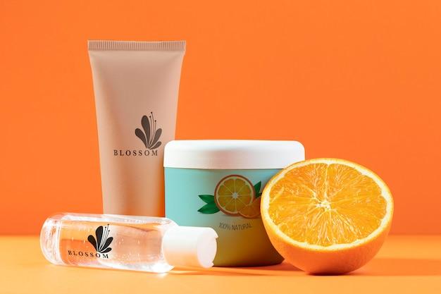 Natuurlijke cosmetica met sinaasappelsap