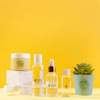 Natuurlijke crèmes en serums containers