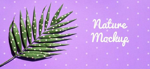 Natuurlijke plant met artistieke tekening
