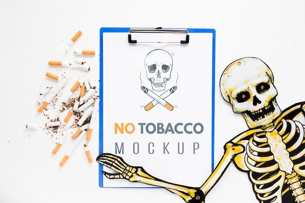 Niet roken mock-up met skelet