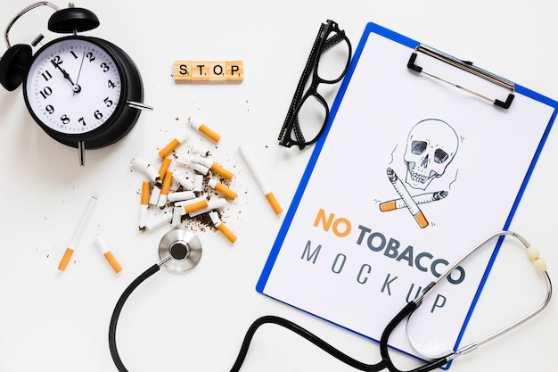 Niet roken mock-up met stethoscoop
