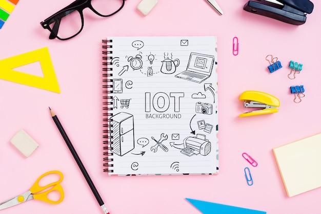 Notebook e cancelleria aziendale