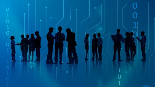 Ondernemers praten met elkaar tijdens een vergadering