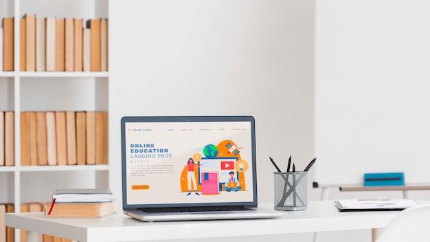 Online leerconcept met apparaat