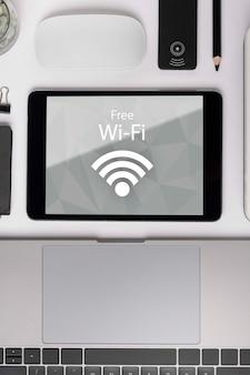 Online netwerk met 5g wifi-verbinding