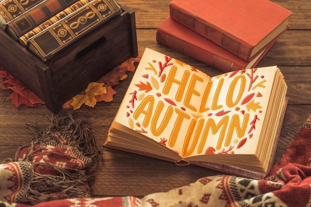 Open boek mockup met herfst concept