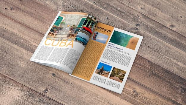 Open tijdschrift mockup op houten tafel
