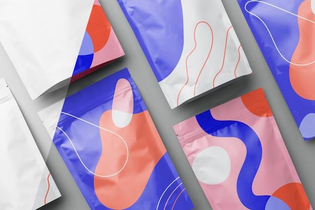 Opstelling van kleurrijke mock-up doypack