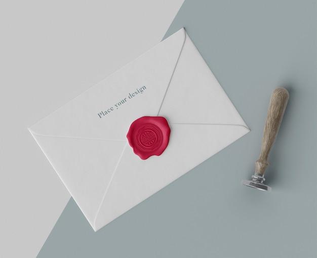 Opstelling van modelzegel voor envelop