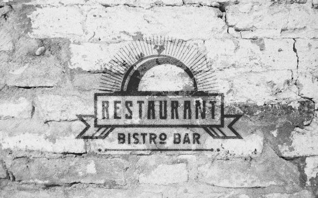 Oude bakstenen muur logo mockup