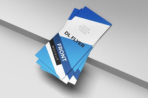Overlappende dl flyer mockup ontwerp geïsoleerd